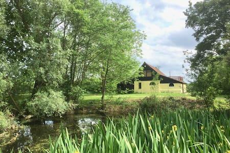 The Old Granary - Cosy Peaceful Romantic Retreat