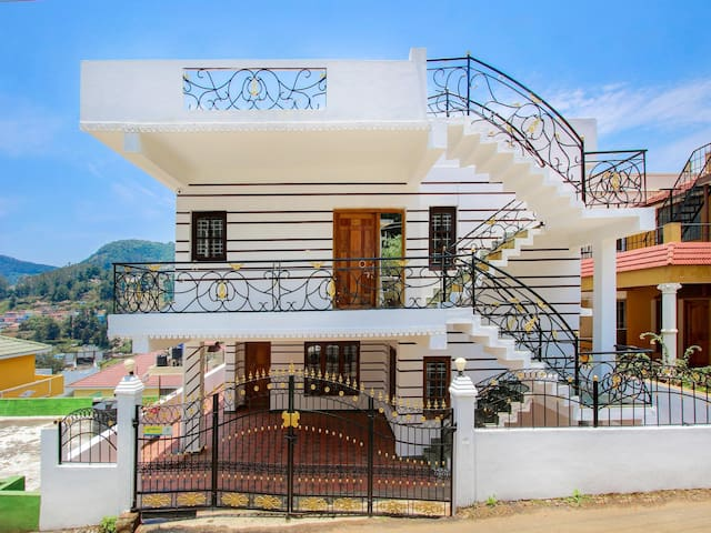 OYO - Modern 1BHK Homestay in Ooty - Flash Deal ⚡