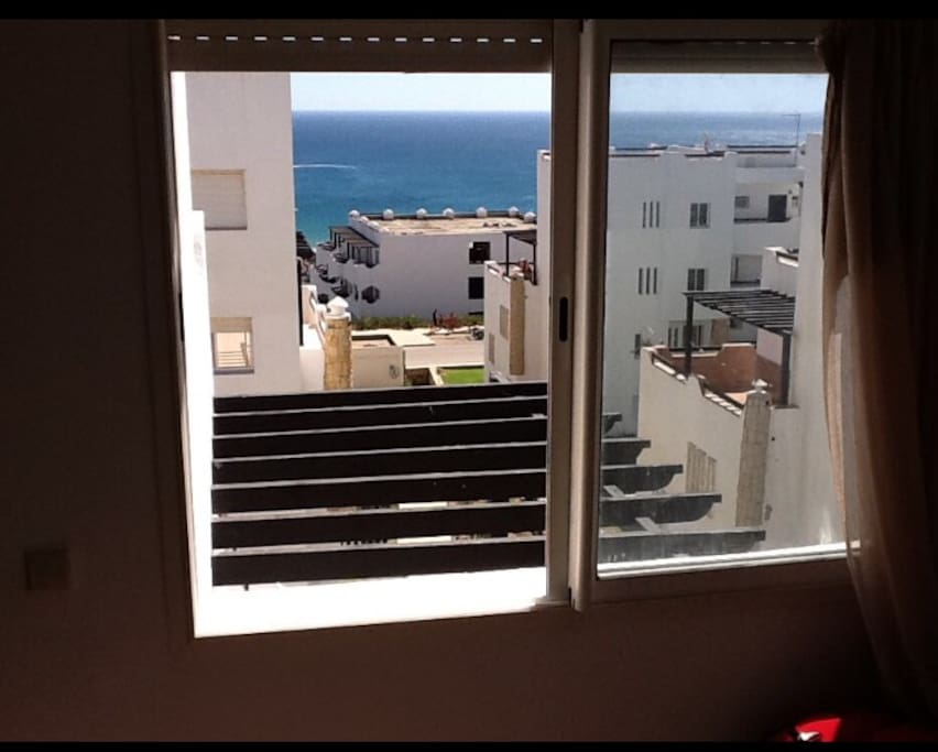 Vue de la chambre lit double vue sur mer