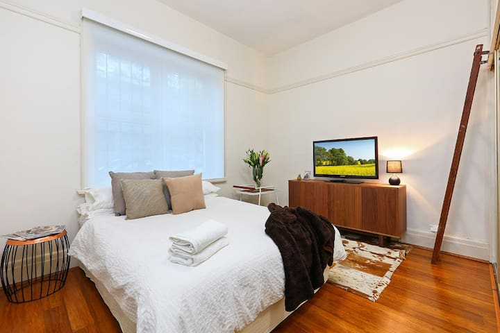 Stunning Chic 1 Bedroom Apartment - Potts Point - Apartamento