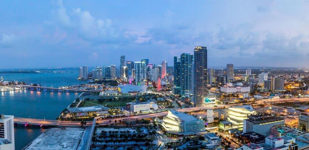 ENTIRE Condo in Miami Downtown Gorgeous Views