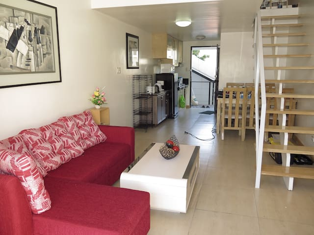 1 bedroom, 50 sqm (900 m to Fields) - Angeles - Byt