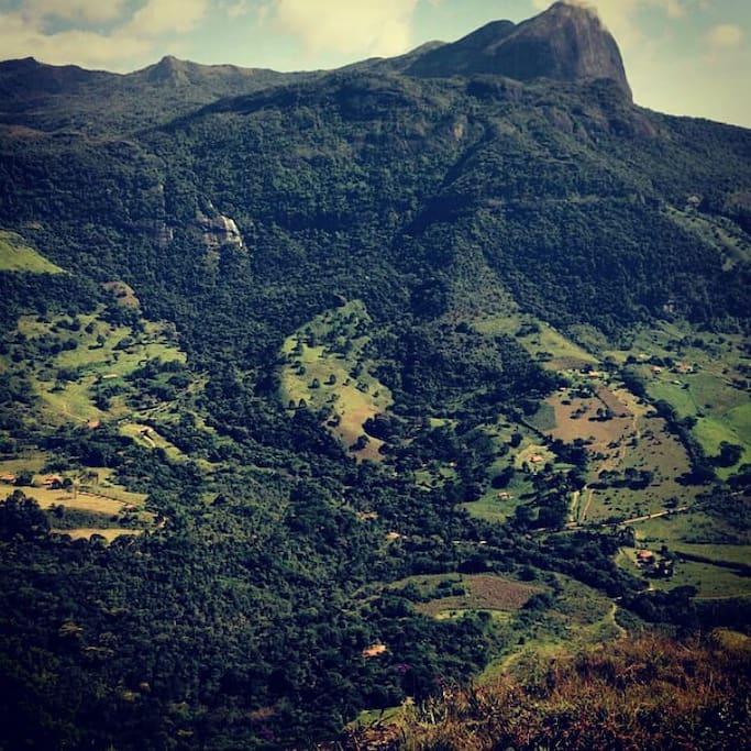 Vista parcial do Vale do Matutu.