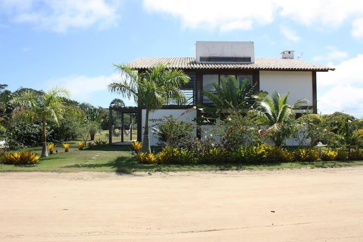 Casa de praia com vista para o campo golf