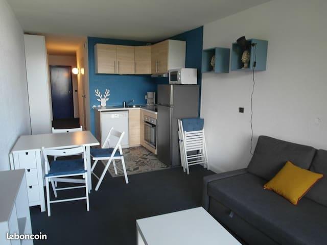 Arc 2000-Appartement rénové 4/5 p - skis aux pieds