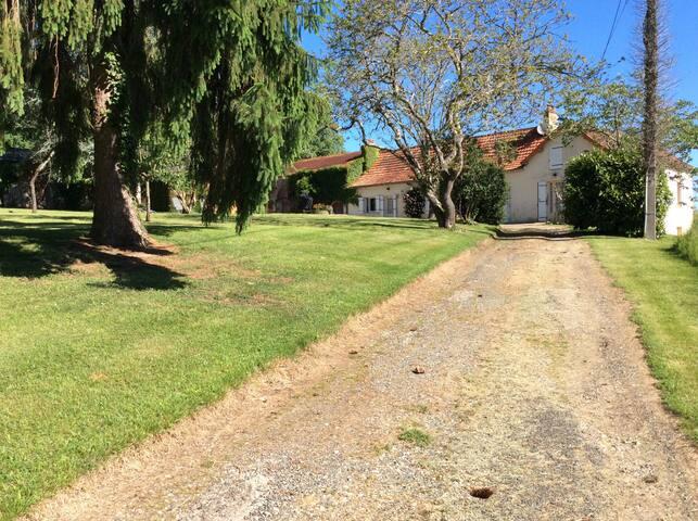 Maison de campagne entre Bergerac et Périgueux