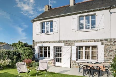 Confortable maison 4 pers.proche plages - Saint-Alban - Huis