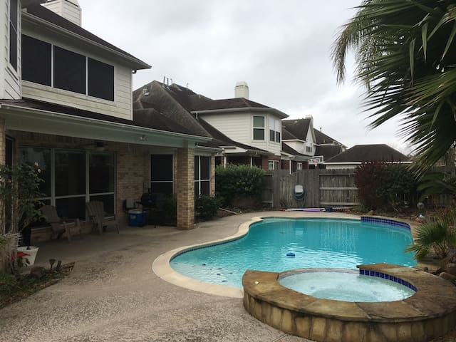 Luxurious home (pool,sauna,theatre) - Pearland - House