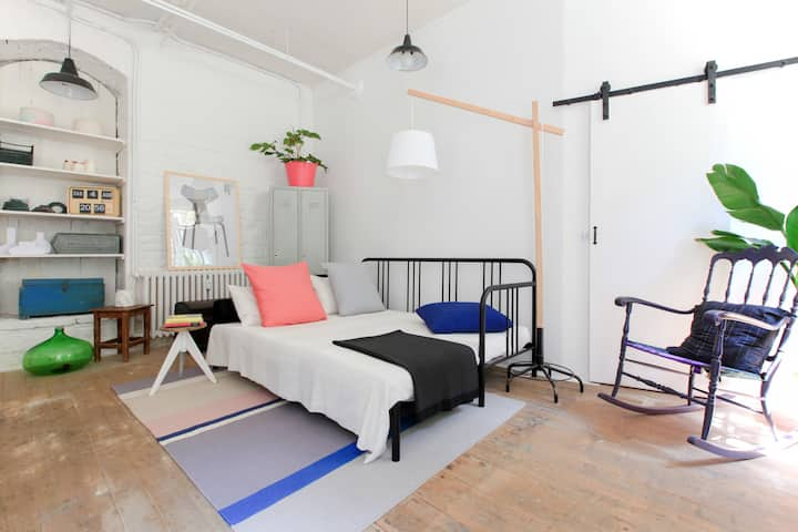 Loft Design Studio Experience  near Duomo/Navigli