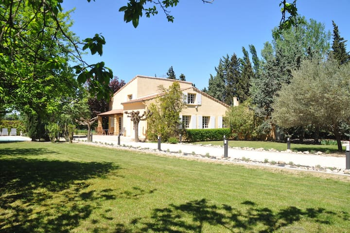 Spacious Villa in Saze with Private Terrace