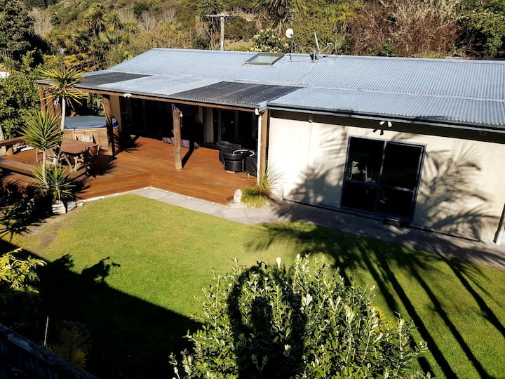 Secluded Quintessential Beach Stay Hawke's Bay