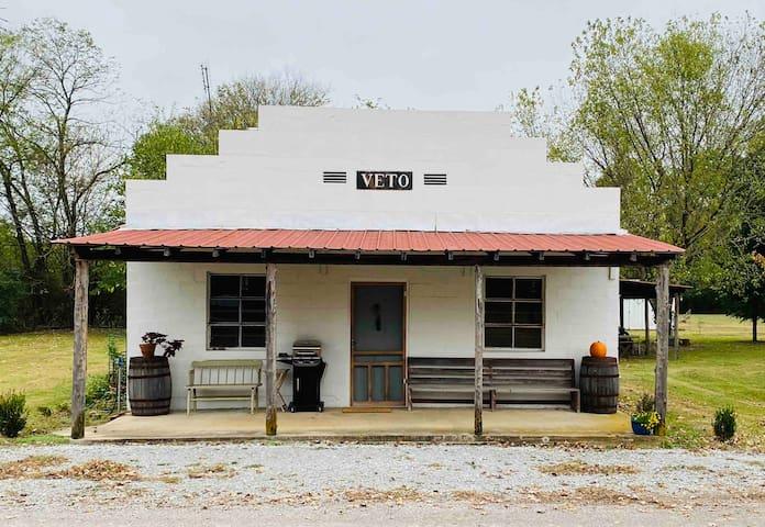 The Veto Hunting Lodge
