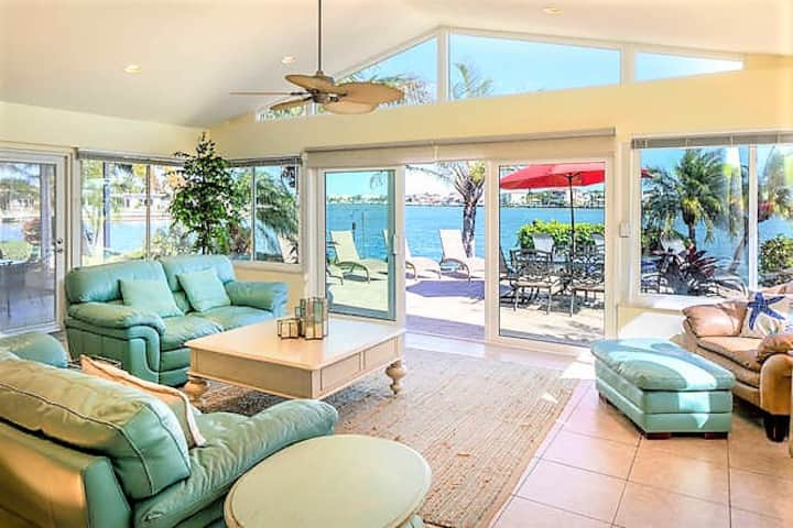 Indian Rocks Beach 4 /4 B Water Front Luxury Home