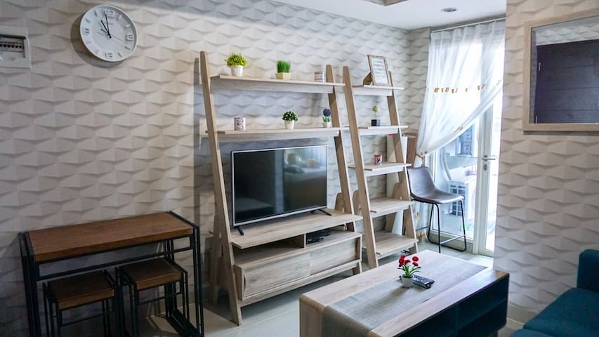 Homey Apartment with Two Bedrooms