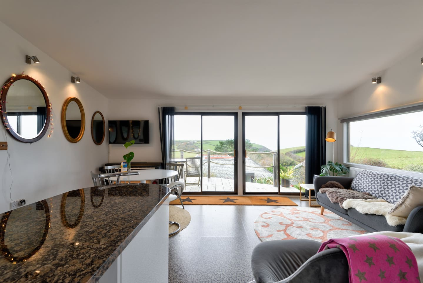Beautiful, contemporary delight with a 'view and a half'!