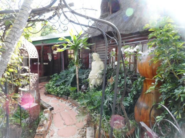 Atlantis Dream Cottage