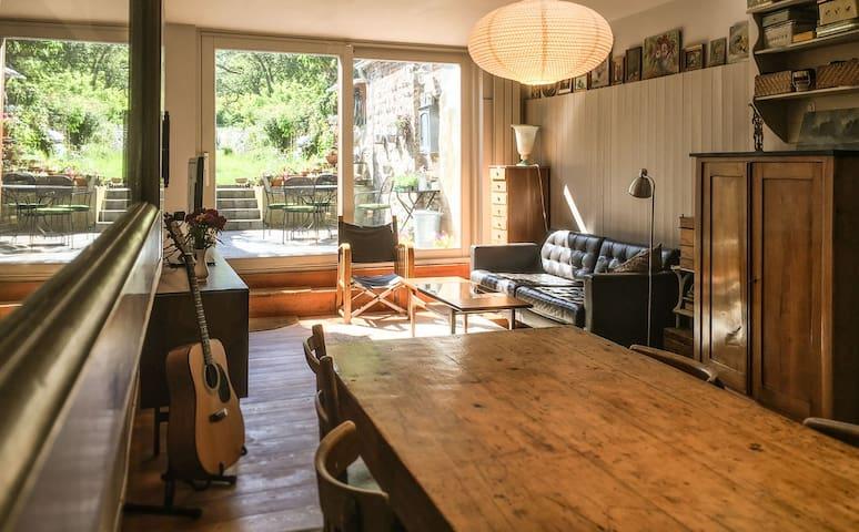 Charmante et agréable maison avec jardin à Uccle