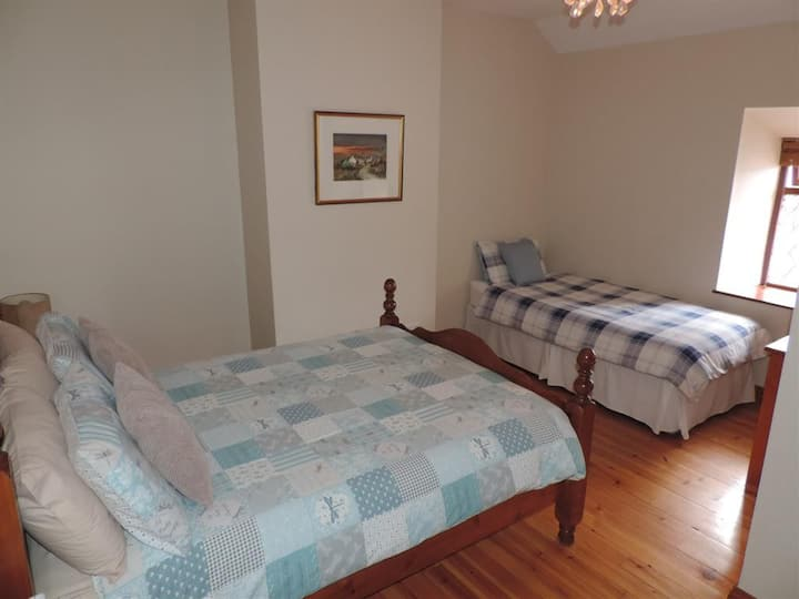 Bective Mill House B&B - Family Room - (RM3)