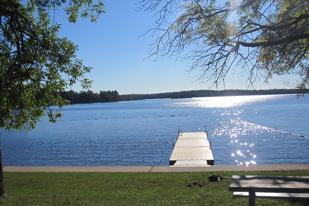 Beach dock - great for jumping into Lake Muskoka!