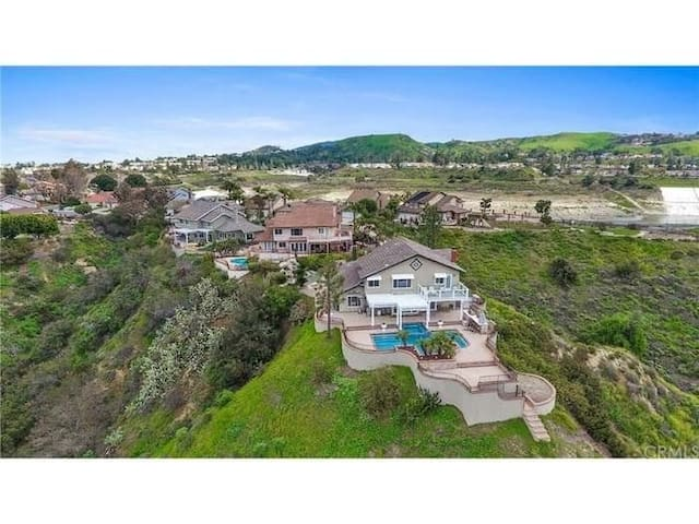 NEW!! LA Sunset from Majestic Panorama Hill Home!!
