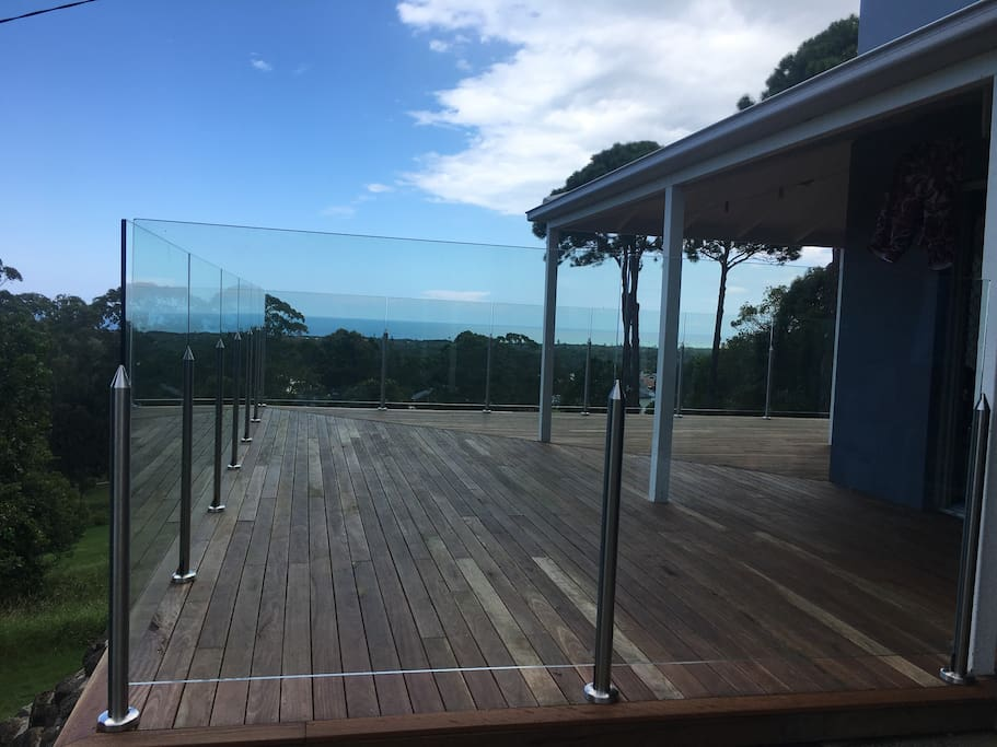 The deck, overlooking the golf course and Tallows Beach