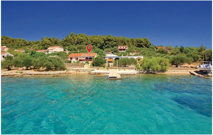 Awesome home in Vela Luka with WiFi and 2 Bedrooms