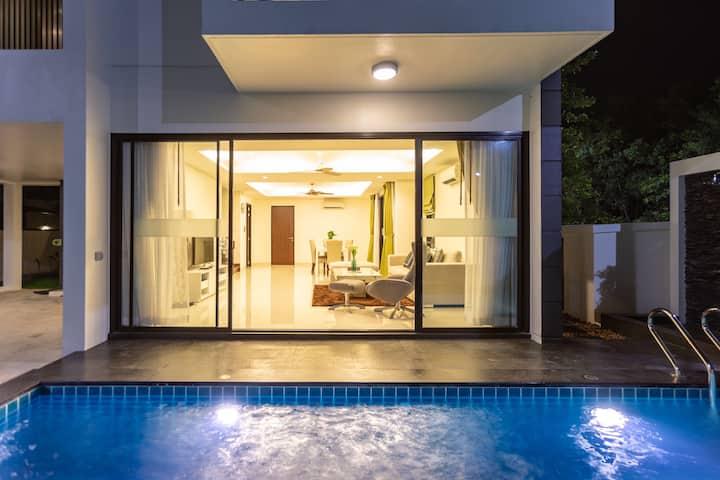 Laguna park 5bedrooms swimming poolvilla near sea