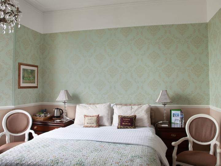 Court Prior Boutique B&B – Classic King + parking