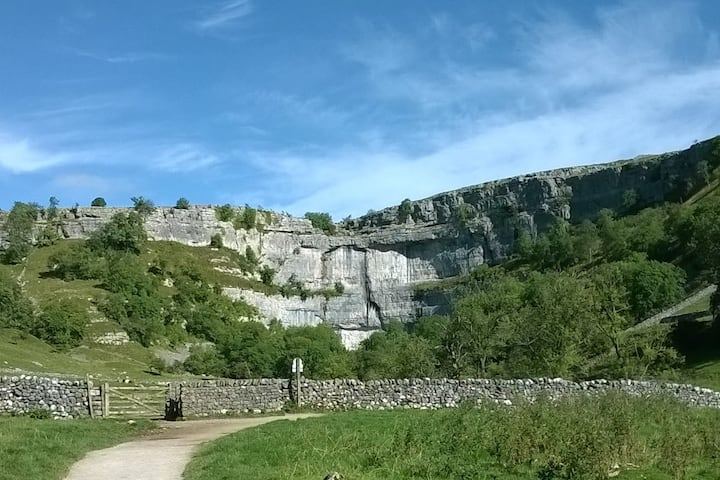 Lindon Guest House, Malhamdale, Double room
