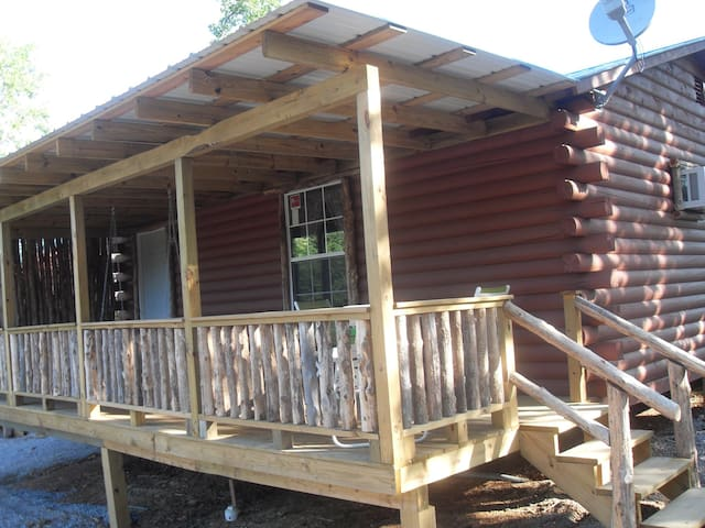 Arbuckle Family Lodges Oldies Cabin