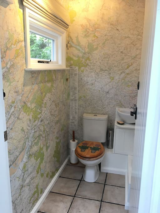 New for 2018: the downstairs toilet enables you to plan your routes. Multiskilling!