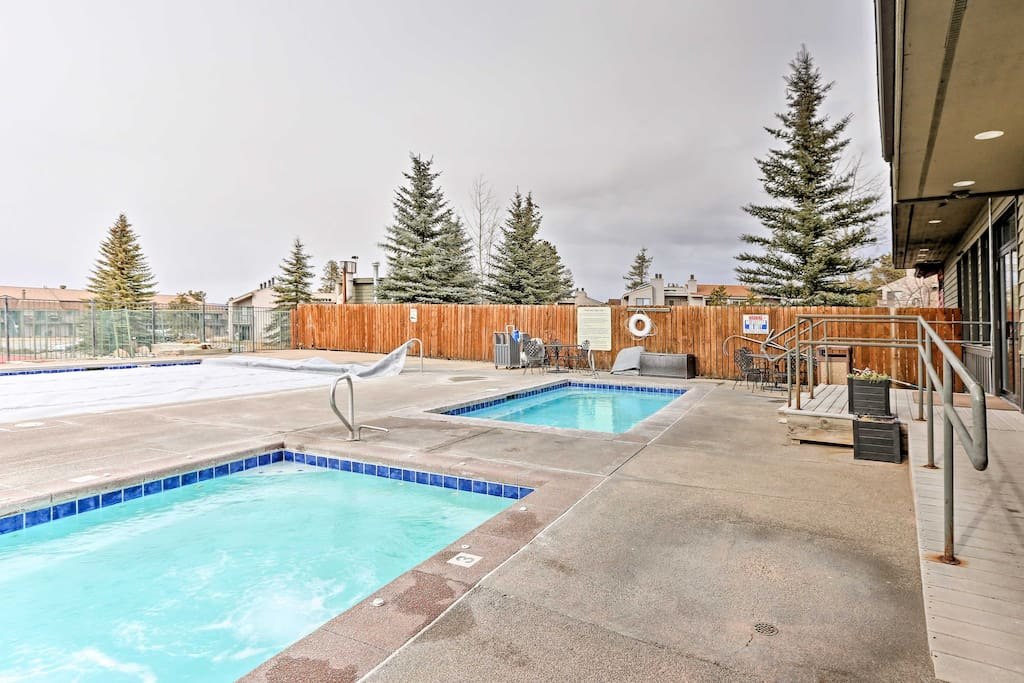 This condo offers access to several community amenities.