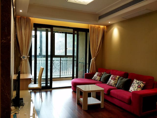 Safe and fancy complex, two-bedroom apartment - Suzhou - Daire