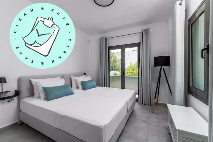【NEW】Luxury Villa 250 m from the sea @Makry Gialos