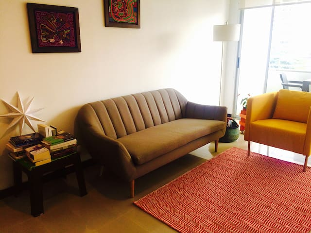 Colours and Relax in El Poblado, Medellin - Medellín - Appartement