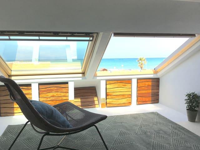 Cozy Beach Loft (Gandia Area Seafront)
