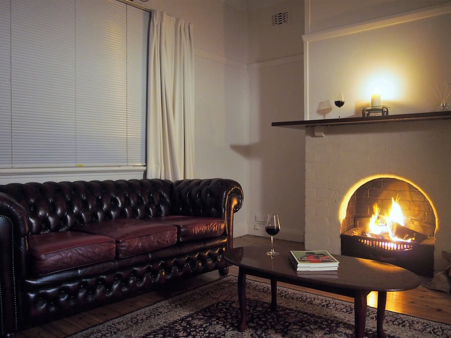 Lounge room & fire place