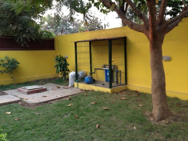 Vivenda T4 no Nova Vida - Luanda - House