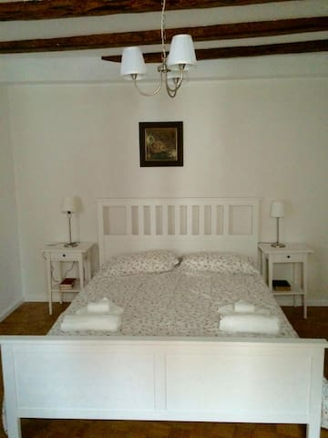 Soca Guesthouse - Double room with shared bathroom