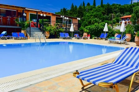 A lovely two bedroom apartment - Corfu - Selveierleilighet