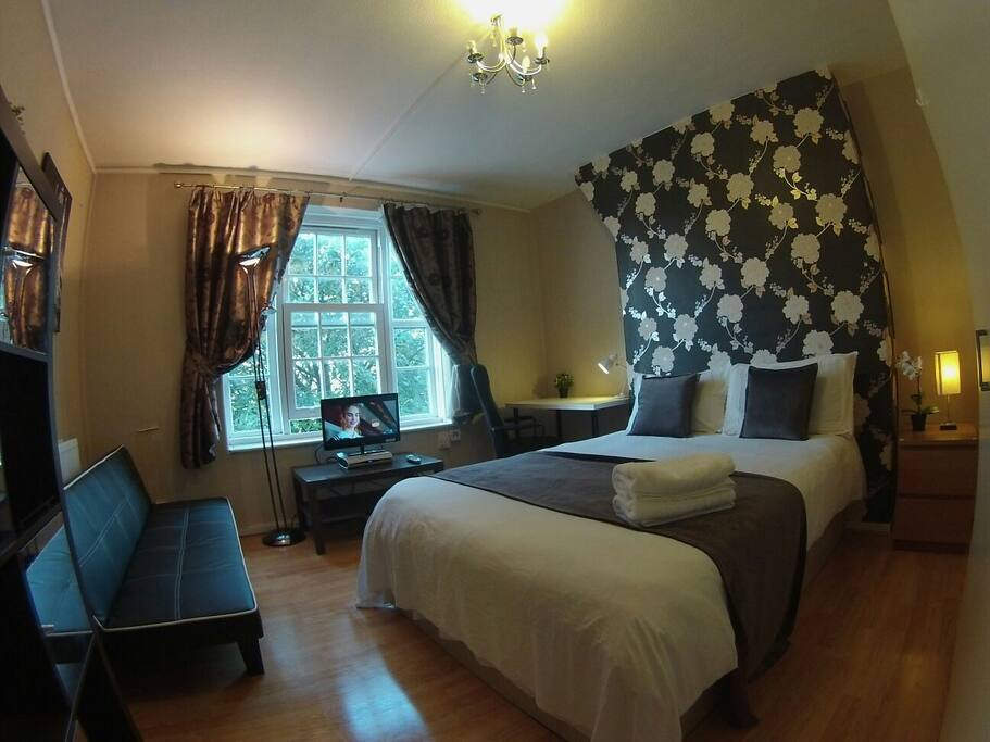 Double room with Sky Tv