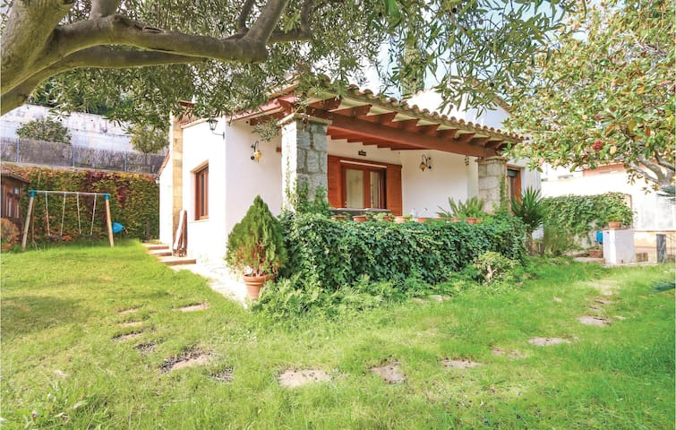 Holiday cottage with 3 bedrooms on 110 m² in Sant Vicenc de Montalt