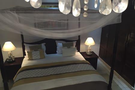 "La Villa de Kribi: ""Grand Batanga"" Junior Suite - Kribi"