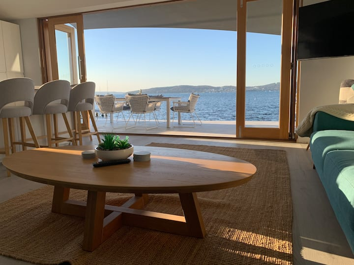 Shear Comfort Lake House Lake Macquarie