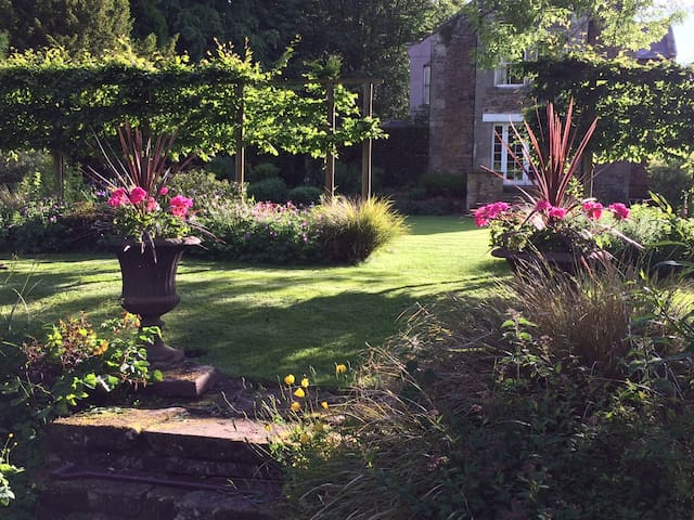 Ingram House bed and breakfast nr Alnwick, 5 rooms