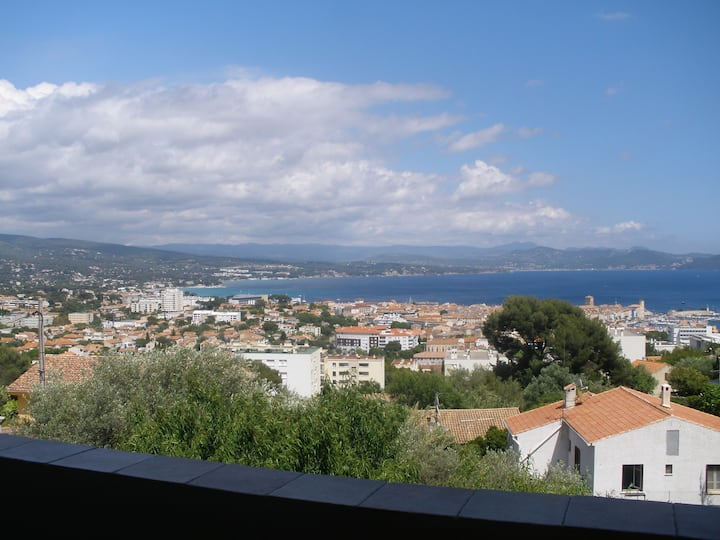 Haut de Villa de71m² avec Terrasse Vue panoramique