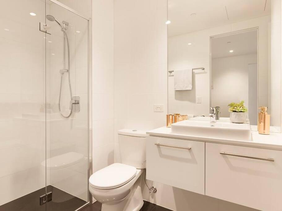Clean Bathroom with basic toiletries