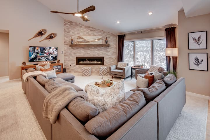 The Fawngrove | 4BR Mountain Modern in Deer Valley