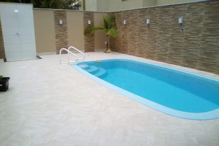 Casa de Praia Duplex com piscina no Guriri
