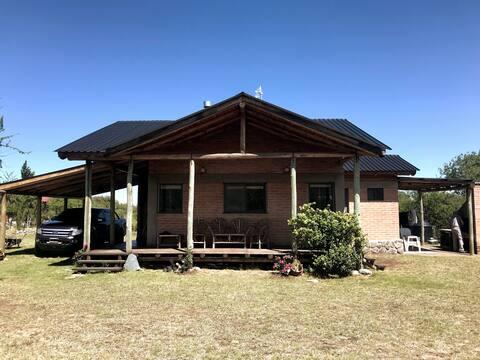 Casa en Club de Campo Justino Merlo-Cortaderas SL